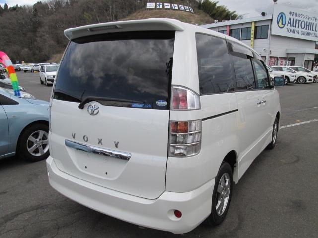 トヨタ ヴォクシー Z 煌II 4WD