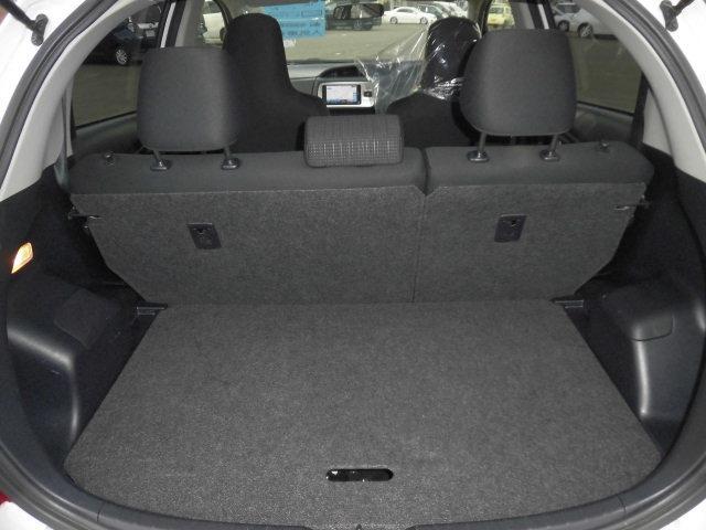 トヨタ ヴィッツ Fタイプ 4WD 社外SDナビ キーレス ETC付き