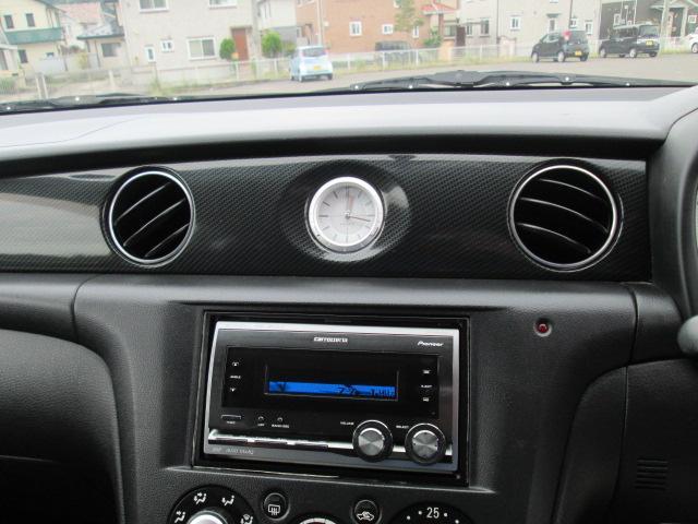 カーナビやドライブレコーダー等のオプション取り付けも可能です。お気軽にスタッフまでお声がけください。