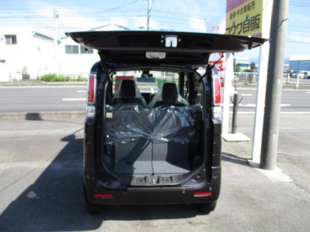 ハイブリッドX 4WD両側パワースライドドア届出済未使用車 社外ナビ・TV・CD・DVD バックカメラ(7枚目)