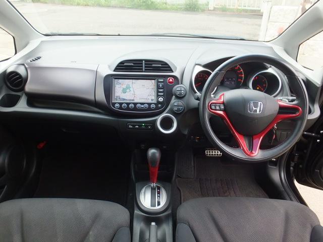 ホンダ フィット RS 18AW社外マフラー 社外バンパー