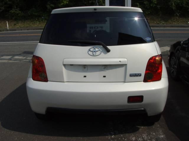トヨタ イスト 4WD 1.5F Lエディション