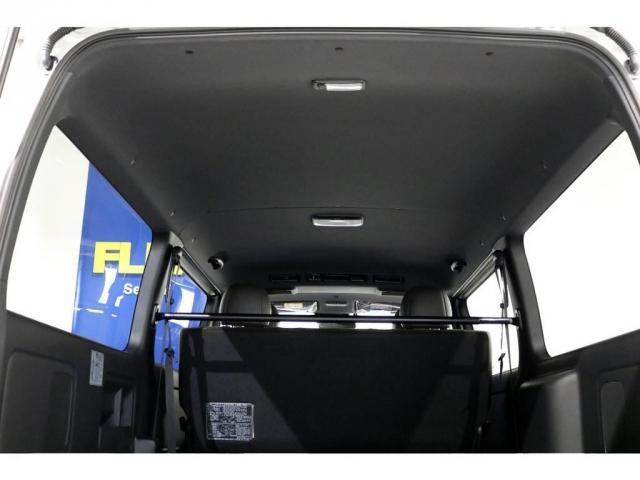 特別仕様車のブラックルーフ&ブラックインナートリム!