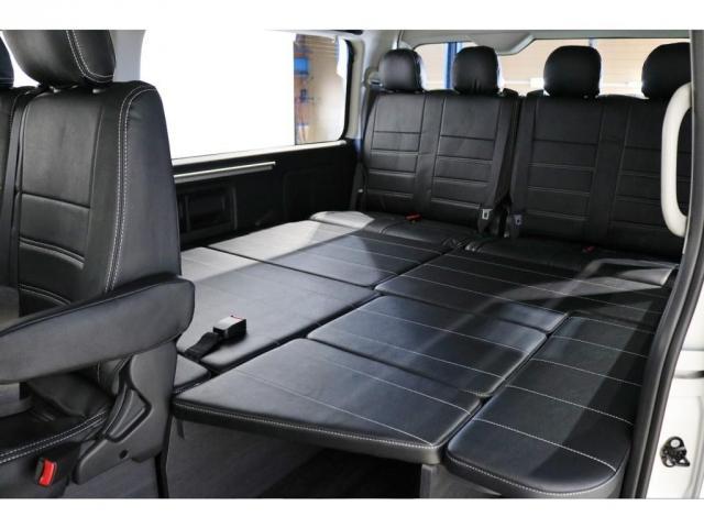 GL ワゴンGL4WDラウンジタイプワゴンFLEX Ver1内装ナビフリップダウンモニターフロントエアロローダウン18インチアルミホイールブラックマイカ新車コンプリート車両(4枚目)