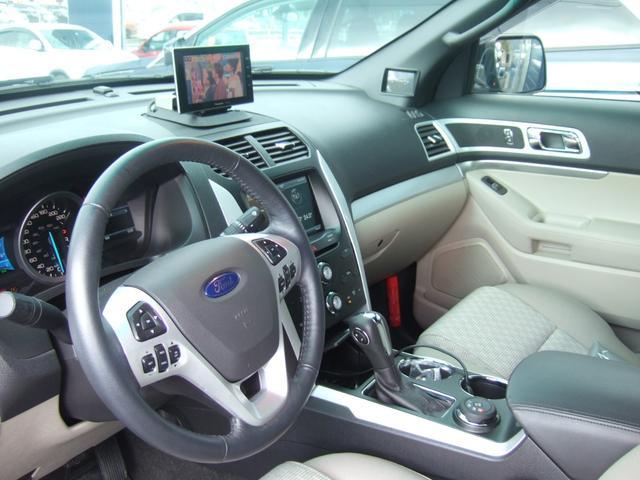 フォード フォード エクスプローラー XLT フルセグナビ キセノン 社外22インチアルミ