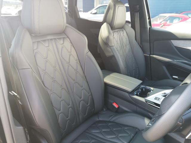 GT ブルーHDi 8AT ファーストクラスP 黒革 LED(16枚目)