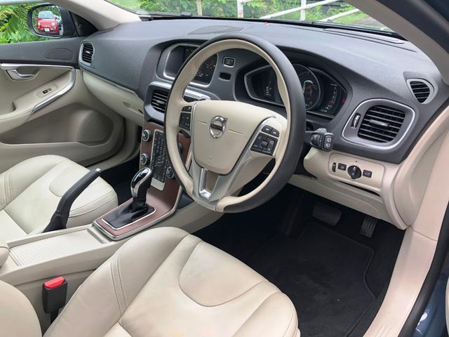 当社では遠方のお客様にも安心してご購入できるよう、車両状態の詳細写真をご用意いたします。ご覧になりたい箇所がございましたら、お気軽にお申し付けください。