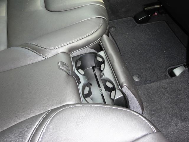 T3 クラシックエディション レザー LEDライト フルセグナビ ガラスルーフ 新車保証継承(28枚目)