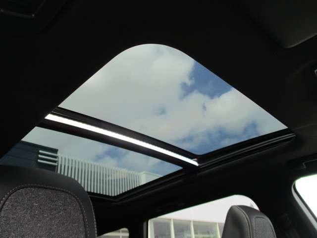 GTライン ブルーHDi 半革Pシート LEDライト バックカメラ サンルーフ ACC 衝突軽減 レーンキープ カープレイ対応 シートヒーター ブラインドスポット 純正18AW 新車保証継承(17枚目)
