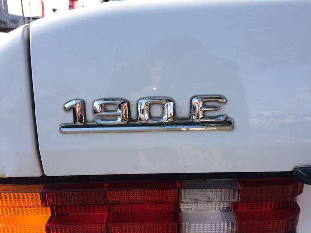 メルセデス・ベンツ M・ベンツ 190E ダッシュひび割れ無し タイミングチェーン 社外CD
