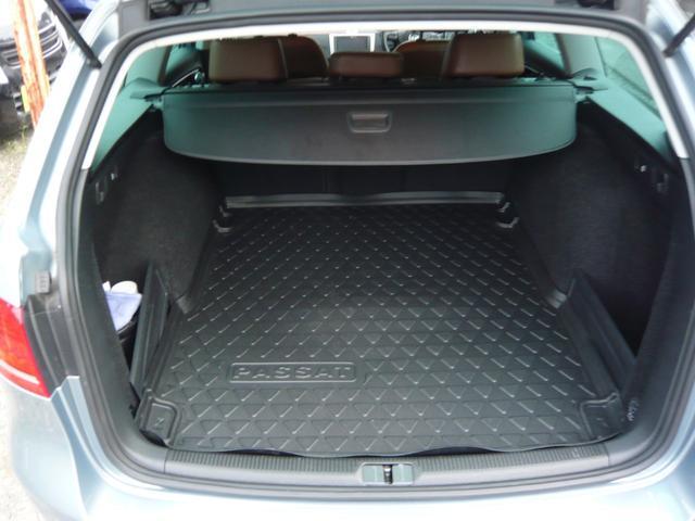 フォルクスワーゲン VW パサートヴァリアント TSIハイライン ワンオーナー レザーシート HID