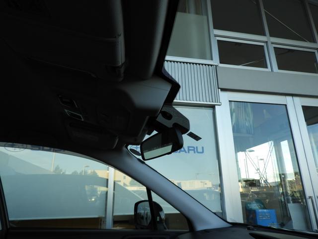 スバルの総合安全性の中の予防安全を司る運転支援システムアイサイト。こちらはアイサイトVer2搭載車ですが、まだまだ他社のシステムと比較しても遜色ありません。