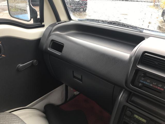 4WD エアコン 5速マンニュアル 軽トラック 2名乗り(14枚目)