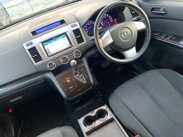23S 後期モデル 4WD 両側パワスラ 社外HDDナビ地デジTV ALPINEフリップダウンモニター DVD再生 CD録音 スマートキー オットマン ETC ABS 純正17インチAW 8人乗り(21枚目)