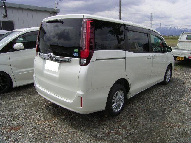トヨタ ノア G 4WD