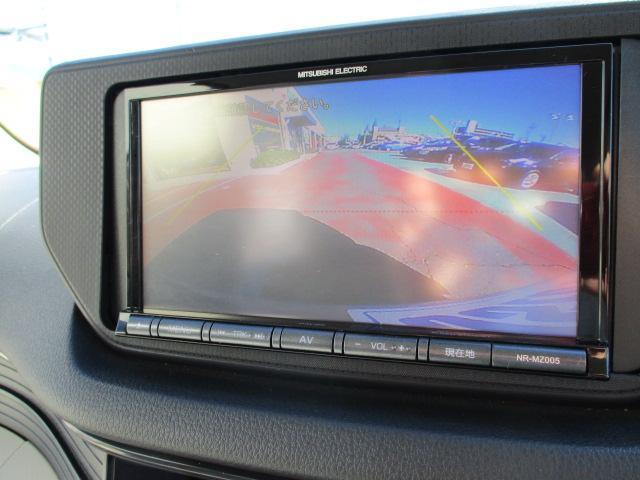 L スマートアシスト 社外SDナビ DVDビデオ バックカメラ キーレスエントリー スマートアシスト ETC アイドリングストップ シートリフター フロアマット(7枚目)