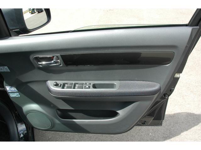 スズキ スイフト 1.3XE 4WD シートヒーター