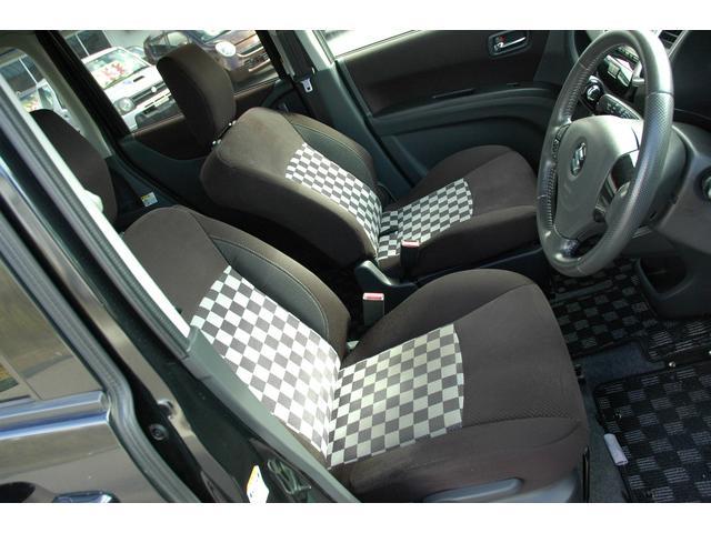 ブラック&ホワイト 4WD 両側パワスラ 6ヶ月保証(15枚目)