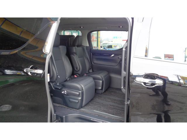 ZR 4WD 両側パワースライドドア(8枚目)