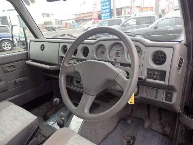 スズキ ジムニー ワイルドウインド 4WD 5MT