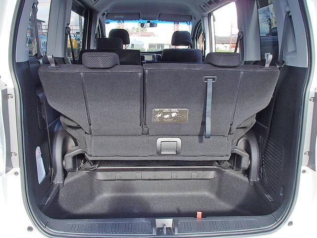 Z 両側パワスラ スマートキー HDDナビ TV HIDヘッドランプ ETC ポップアップシート サードシート格納(22枚目)