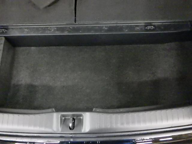 1.8S フルセグ DVD再生 バックカメラ ETC HIDヘッドライト 乗車定員7人 3列シート ワンオーナー 記録簿(36枚目)