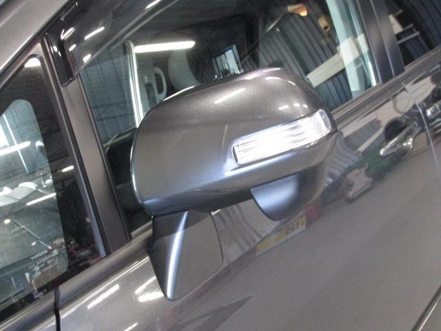 トヨタ ノア Si サンルーフ 両側Pドア 純正HDDナビDTV
