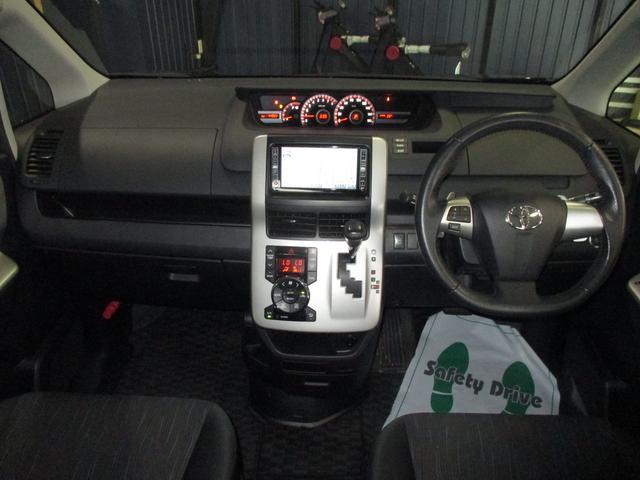 トヨタ ヴォクシー ZS HIDヘッドライト ETC 純正HDDナビ