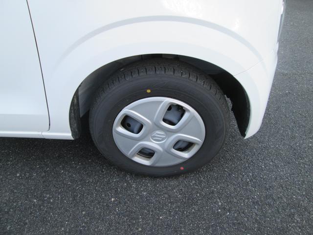 13インチフルホイールキャップでデザイン◎タイヤ溝もご確認下さい!