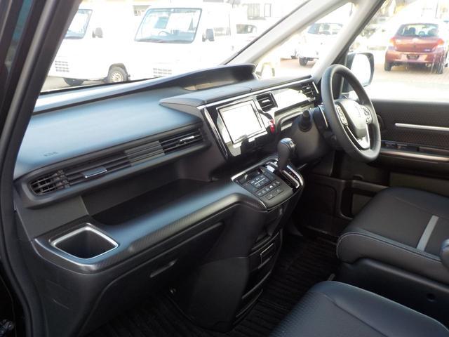 クールSセンシング 4WD TVナビ 両側パワースライドドア(10枚目)