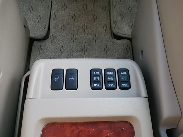 トヨタ アルファードG MZ 4WD 7人乗り Wサンルーフ 後席モニター パワスラ