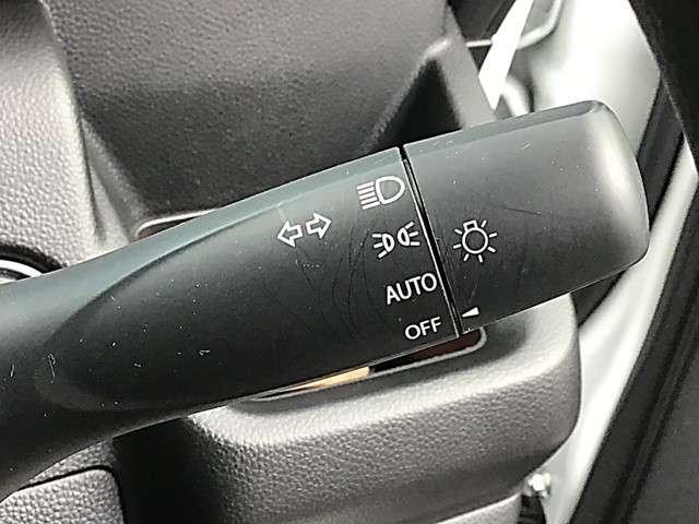ハイブリッドXG 660 ハイブリッド XG 2WD・レーダーブレーキ・オートライト・エコクール・ヘッドアップディスプレイ・ハイビームC・シートヒーター・I-STOP・CDデッキ・車線逸脱警報装置・衝突被害軽減ブレーキ(18枚目)