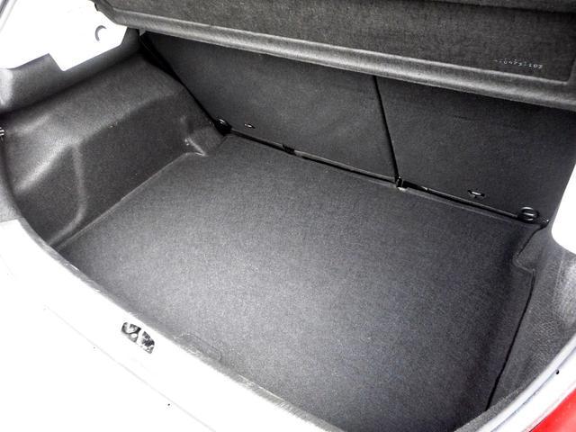 プジョー プジョー 207 GTi ハーフレザーシート バックソナー オートクルーズ