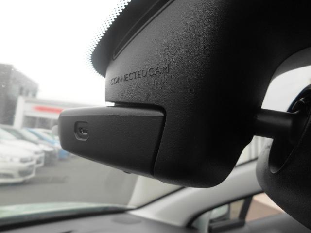 標準装備としては世界初のコネクテッドカム!アプリ連動で写真や動画の撮影が可能です!