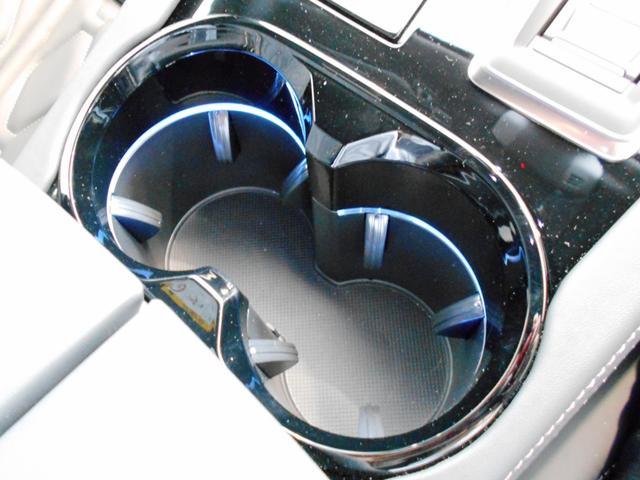 GT ブルーHDi プレミアムレザーエディション 当社試乗車 パッケージオプション付き ナイトビジョン Pアシスト 電動ブラックレザー 衝突軽減ブレーキ アダプティブクルーズ レーンキープ FOCAL 純正19インチAW 新車保証継承(40枚目)