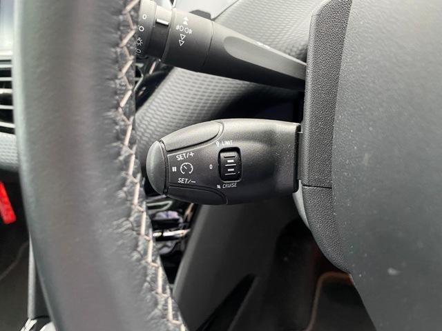 アリュール 内外装上物 フルセグナビ ガラスルーフ バックソナー 日本語対応タッチスクリーン アクティブシティブレーキ ETC オートエアコン ハーフレザーシート 純正16インチAW(31枚目)