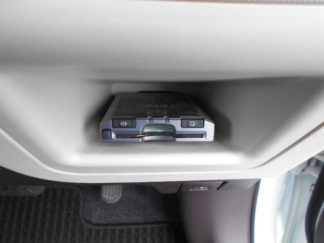 トヨタ スペイド G 4WD HID スマートキー