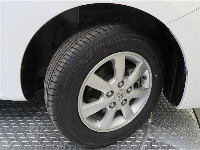 "T-Value設定車には、トヨタ自慢の""まるまるクリン""を施工!ボディーはもちろん、タイヤ・ホイールまで、ピッカピカ"