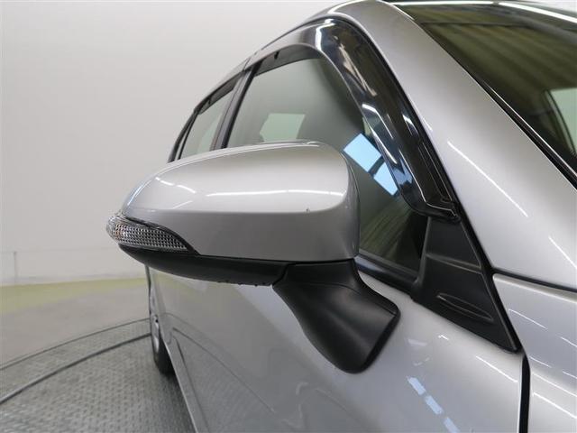 「サイドバイザー」装着済☆走行時の車内の換気に有効な装備です!特に、雨の日などの、窓を大きく開けられない様な時には、重宝