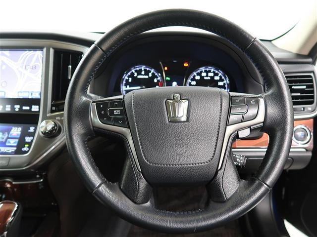 ロイヤルサルーンi-Four 4WD フルセグ HDDナビ DVD再生 ミュージックプレイヤー接続可 バックカメラ 衝突被害軽減システム ETC HIDヘッドライト ワンオーナー(15枚目)