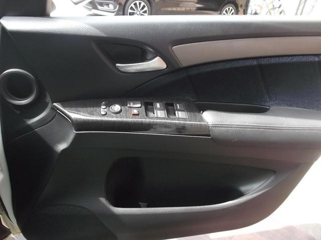 アブソルート サンルーフ 純正HDDナビ 4WD(11枚目)