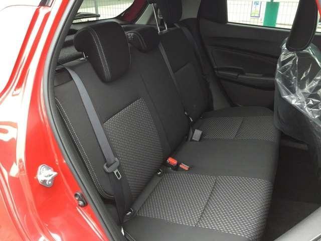 1.2 ハイブリッド RS セーフティパッケージ装着車(14枚目)