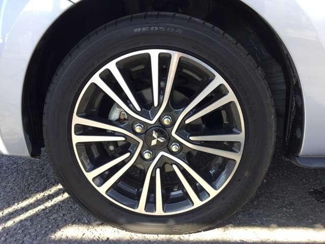 1.2G アイドリングストップ ディスチャージ スマートキー プッシュスタート プライバシーガラス オートエアコン 電動格納式ドアミラー 横滑り防止機能 オートライト 1年間走行距離無制限の中古車保証付き(19枚目)