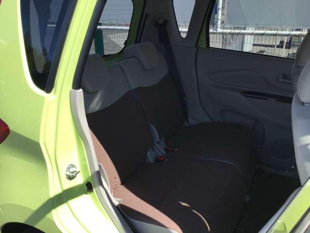 M e-アシスト 衝突被害軽減ブレーキ プライバシーガラス タッチパネル式オートエアコン リアワイパー ベンチシート 1年間走行距離無制限の中古車保証付き(有償となりますが1年又は2年間の保証の延長も可能です)(11枚目)
