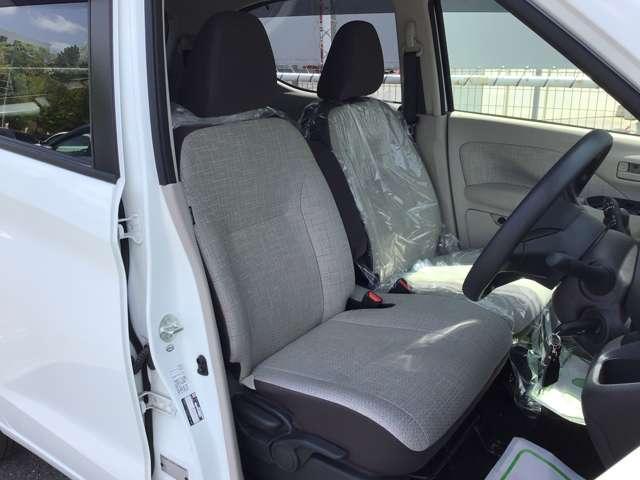 M プライバシーガラス 衝突被害軽減ブレーキ 4WD プライバシーガラス ベンチシート シートヒーター 1年間走行距離無制限の中古車保証付き(有償となりますが1年又は2年間の保証の延長も可能です。)(10枚目)