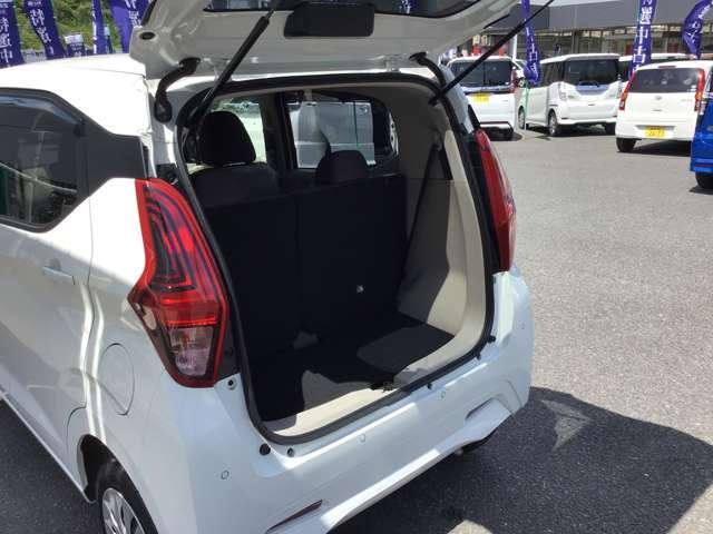 M プライバシーガラス 衝突被害軽減ブレーキ 4WD プライバシーガラス ベンチシート シートヒーター 1年間走行距離無制限の中古車保証付き(有償となりますが1年又は2年間の保証の延長も可能です。)(18枚目)