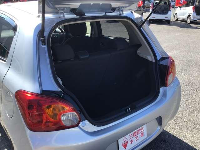 G スマートキー プッシュスタート アイドリングストップ オートエアコン プライバシーガラス リアワイパー オートライト 1年間走行距離無制限の中古車保証付き(1年又は2年間の保証の延長も可能です。)(18枚目)