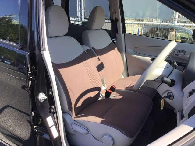 M キーレスエントリー アイドリングストップ タッチパネル式オートエアコン プライバシーガラス リアワイパー ベンチシート シートヒーター 1年間走行距離無制限の中古車保証付き(1年又は2年間の延長も可)(10枚目)
