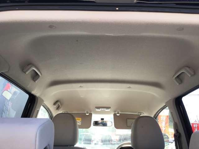 M キーレスエントリー アイドリングストップ タッチパネル式オートエアコン プライバシーガラス リアワイパー ベンチシート シートヒーター 1年間走行距離無制限の中古車保証付き(1年又は2年間の延長も可)(12枚目)