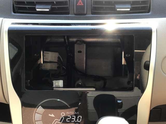 M キーレスエントリー アイドリングストップ タッチパネル式オートエアコン プライバシーガラス リアワイパー ベンチシート シートヒーター 1年間走行距離無制限の中古車保証付き(1年又は2年間の延長も可)(15枚目)